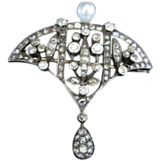 European Old World 14k yellow gold and silver setting Antique Pin with 87 diamonds and a cultu