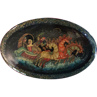 Russian Hand Painted Oval Lacquer Pin