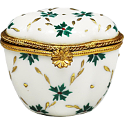 Vintage French Limoges porcelain trinket or jewelry hinged Box