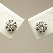 Estate diamonds 0.24ctw stud earrings