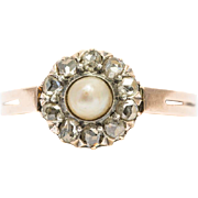 Antique Victorian diamond pearl daisy ring 18 k yellow gold and silver circa 1890s