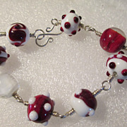Vintage Bracelet Venetian Red/White Glass Beads