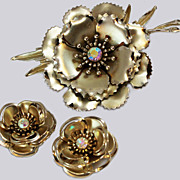 Mint Coro Floral Suite Dimensional Brooch Clip Earrings c1960s