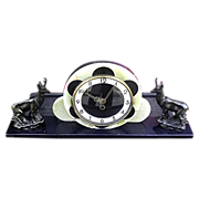 Vintage 1920s/1930s Art Deco Onyx decorative mantle clock with key for wind up