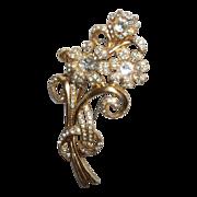 SALE Gorgeous Vintage Gold Tone Flower Rhinestone Brooch