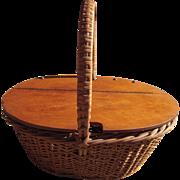 Vintage mid 20th Century Sewing Basket