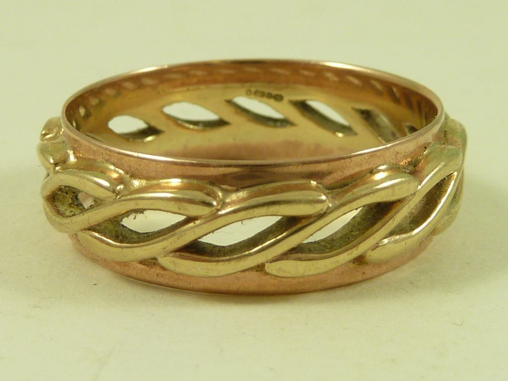 welsh wedding ring