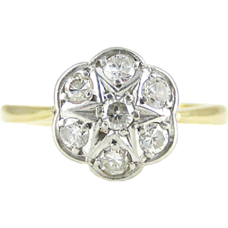 Art Deco Diamond Daisy Cluster Ring, Pretty Floral Engagement Ring in 18 Carat Gold, Circa 1930s.