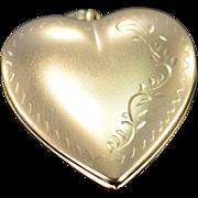 14K Large Heart Photo Locket Pendant Yellow Gold