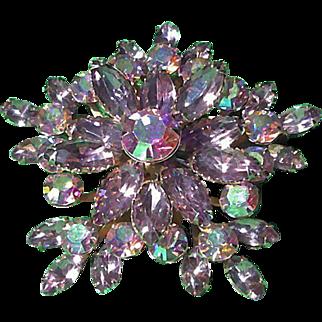 Sparkling Vintage Rhinestone Star Burst Brooch