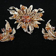 Enchanting Vintage Signed Hattie Carnegie Art Glass Floral Brooch and Earrings Demi Parure Set