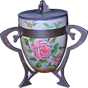 Huntley & Palmers Roses Biscuit Tin 1909