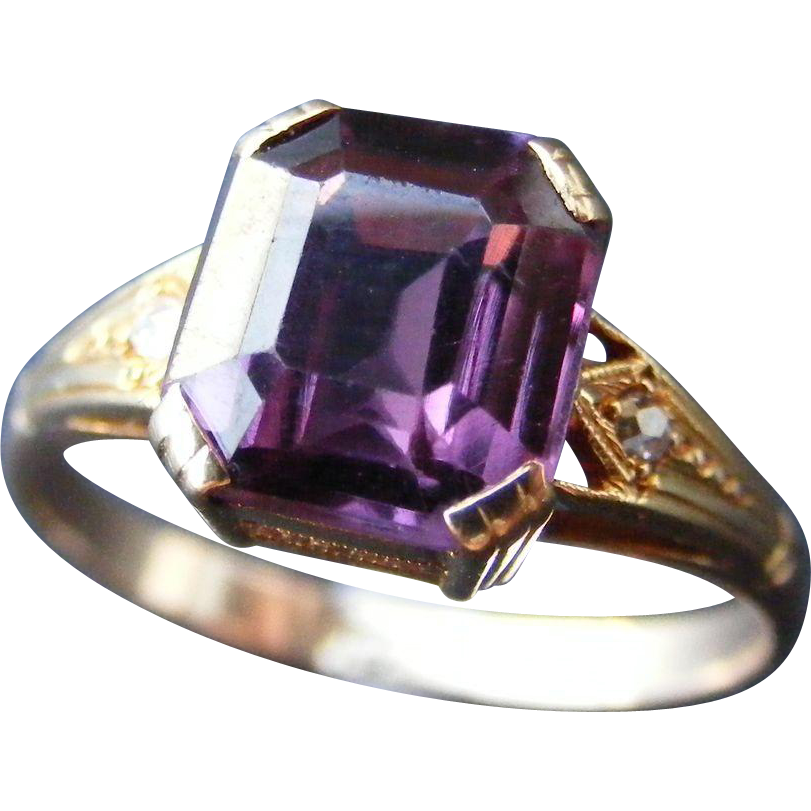vintage emerald cut color change synthetic alexandrite