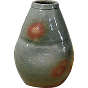 Japanese Hagi 萩  Pottery kake- Hanaire or a Hanging Vase by Human Cultural Treasure Tobei ..