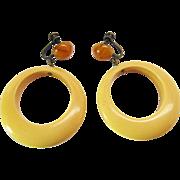 Vintage Amber And Creamed Corn Bakelite Dangling Hoop Screw Back Earrings