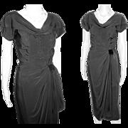 Vintage 1950s Dress  .  Black  .  Mod  .  Hourglass .  Couture .  XS
