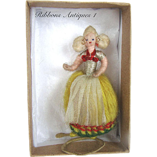 Very Rare Stefania Lazarska's A.A.P. fetish/yarn doll in Dutch costume , Creator and maker of Mme Padereski's dolls