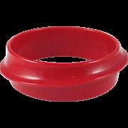 SALE Vintage LUCITE Orbit bangle bracelet