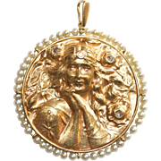 Stunning Large Antique Art Nouveau 18 carat gold, pearl and diamond medallion lady pendant - .