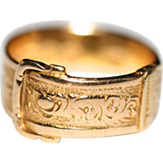 Antique Victorian 15 carat yellow gold engraved buckle/belt ring - hallmarked 1865, London, ..