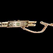 Antique Victorian 9 carat yellow gold and peridot bar brooch pin - circa 1880