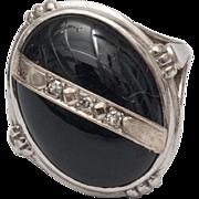 lady's 10K white gold  black onyx diamonds ring