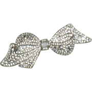 REDUCED Vintage Art Deco Dimensional Pot Metal Bow Pin w White Rhinestones