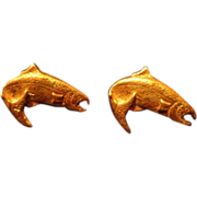 SALE Vintage 14K Gold Alaska Salmon Earrings Figural Humpy Last Frontier