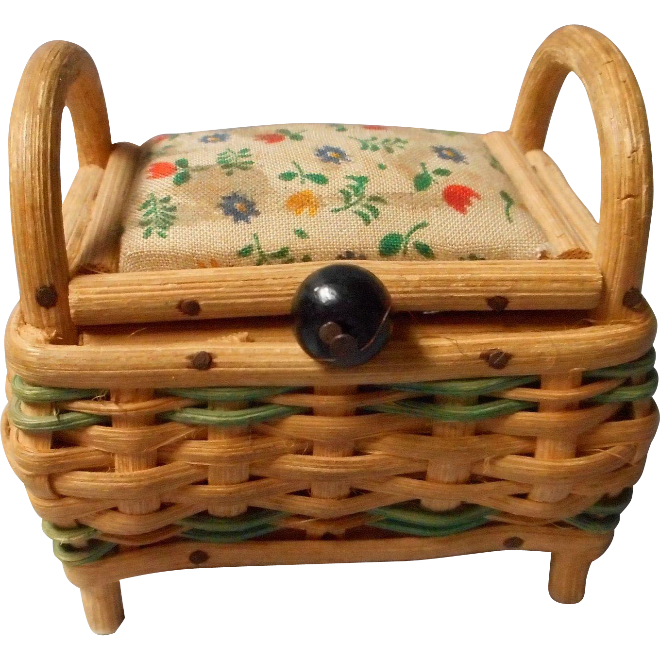 Vintage Wicker Sewing Basket 103