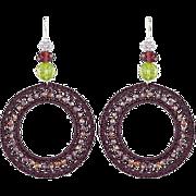 Violet/purple hoop earrings made of quartz, crystal and metallic fiber. Long earrings. Danglin