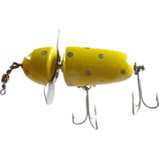 "Fishing lure, 1926 MIB Pflueger 2¾"" yellow gold globe, famous bait"