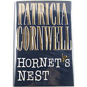 "=Signed 1st Edition= Patricia Cornwell: ""Hornet's Nest"""