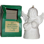 """Goebel 1977 Annual Christmas Tree Ornament """"Angel Playing Mandolin"""" with Bell"""