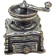 Moving Vintage Coffee Mill Charm Sterling Silver, BEAU circa 1950-60's