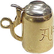 Vintage 18K Gold Moving Charm, Beer Stein, French Hallmark circa 1960's