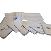 Vintage cotton table cloth and 6 napkins hand embroidered 1940's