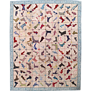 10.7' X 14' ( 326cm X 426cm) Hand made vintage American hooked rug 1960