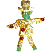 A Vintage Signed Florenza Gold Tone Scarecrow Hobo Brooch Pin
