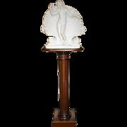 Fine Marble Venus Sculpture on Pedestal c.1830
