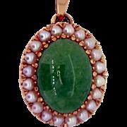 Vintage Jadeite Jade and Pearl Pendant in 14K gold