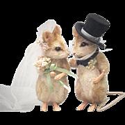 "3"" R. John Wright Forever Mice Bride and Groom Dolls Wedding Cake Topper!"