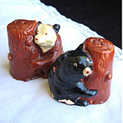 Vintage Chalkware Tree Hugging Bears Salt & Pepper Shakers