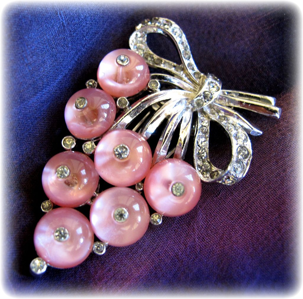 Vintage Crown Trifari Pink Shoe Button Grapes Fur Clip - Book Piece