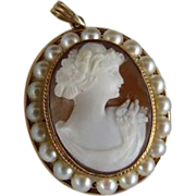 Edwardian Hardstone Cameo Pendant 10K Gold Surrounded by Pearls