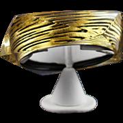 Vintage Lucite Bracelet Signed 24 Karat Gold