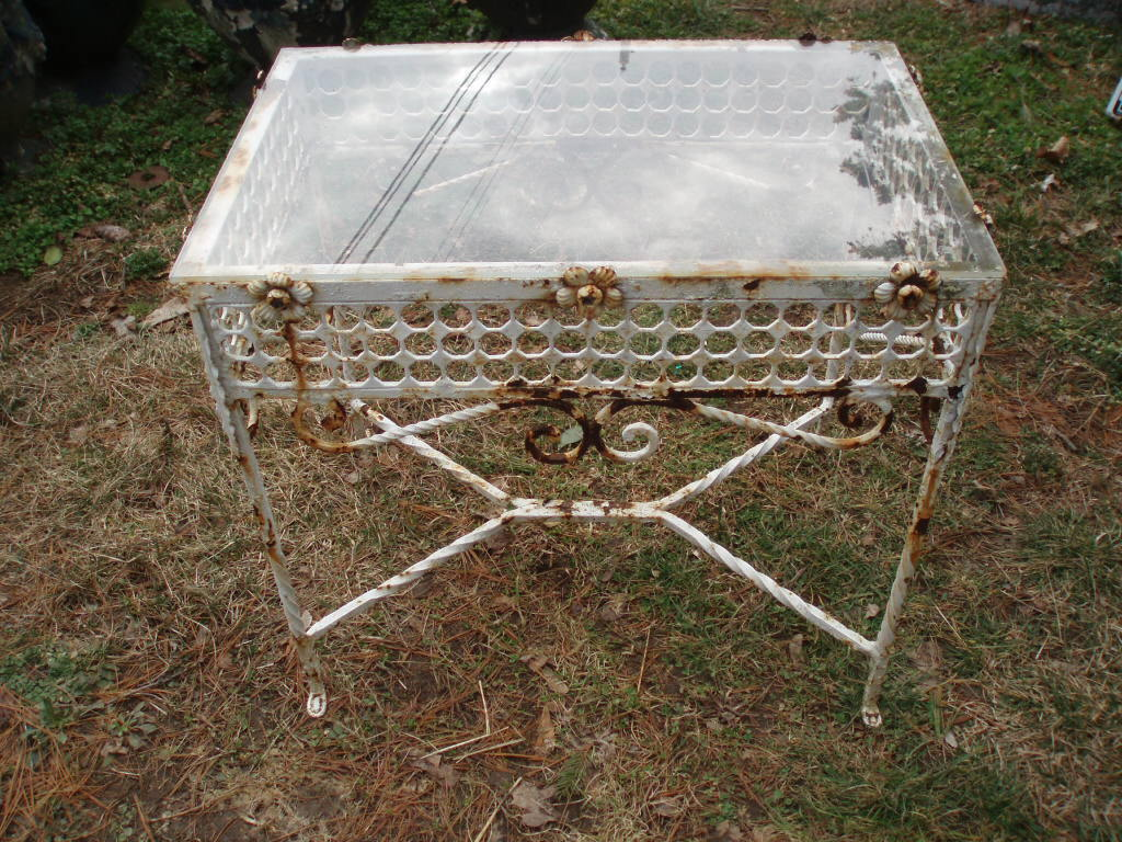 Antique French Decor Shabby Old Iron Table With Flowers