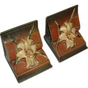 SALE Pair Roseville Pottery Zephyr Lily Bookends #16, 1946