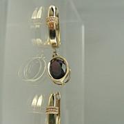14kt Garnet Dangle Earrings