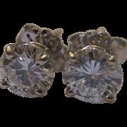 Estate Sale 14kt Round Brilliant Diamond Earrings
