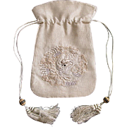 Beautiful delicate antique Chinese silk embroidered purse